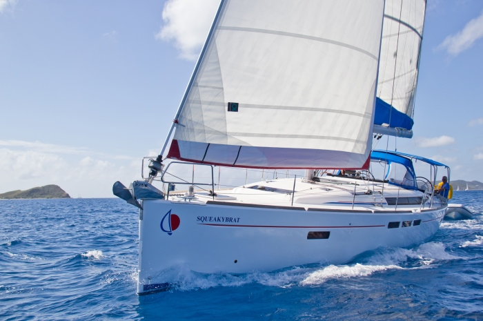 Sunsail51-Italy-Offshore-Sailing-School-Flotilla-Cruise_700x465