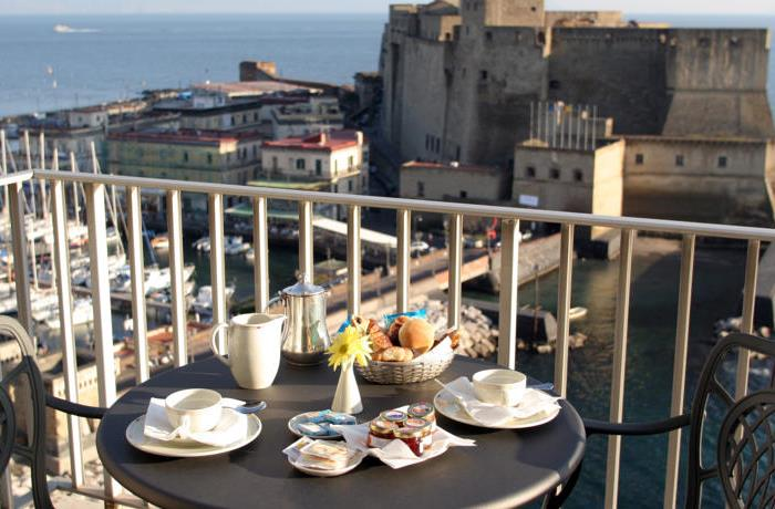 Royal-Continental-Hotel-balcony-view_700x460