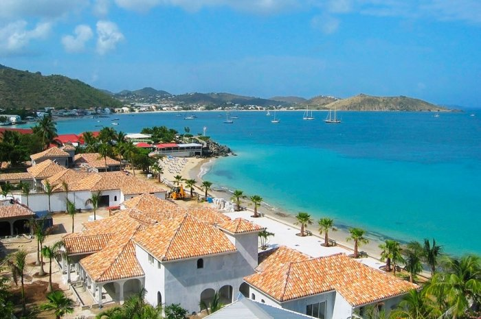 St.Martin-Flotilla-Cruise-grand-case_700x465
